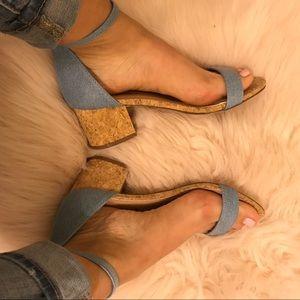 BRECKELLE'S aileen blue denim block heels NIB